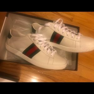 Gucci leather classic  sneaker size 39